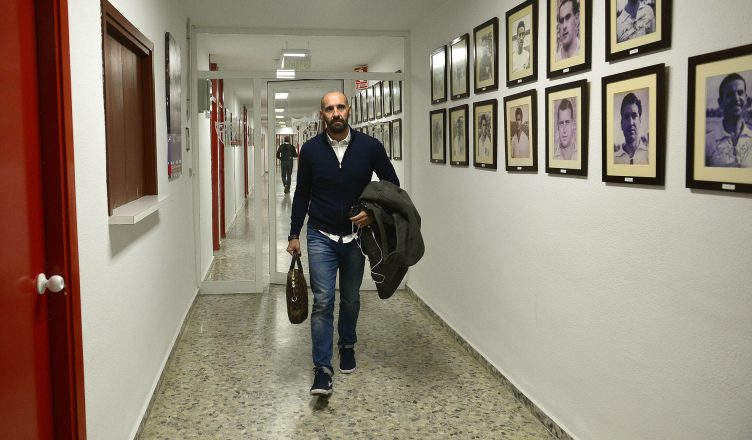 Monchi leaves Sevilla